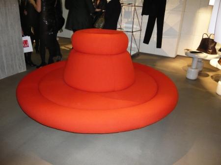 circular-sofa